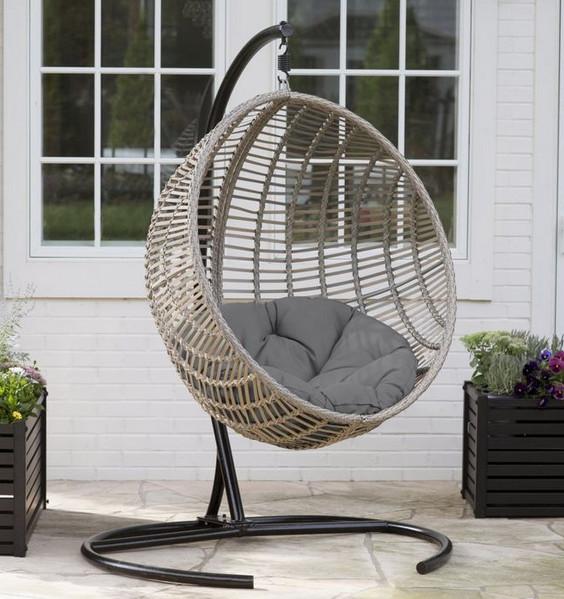 beautiful hanging egg chair